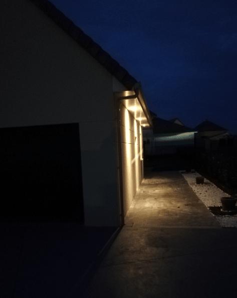 exemple spot extérieur sous-toiture pour embellir vos aménagements extérieurs