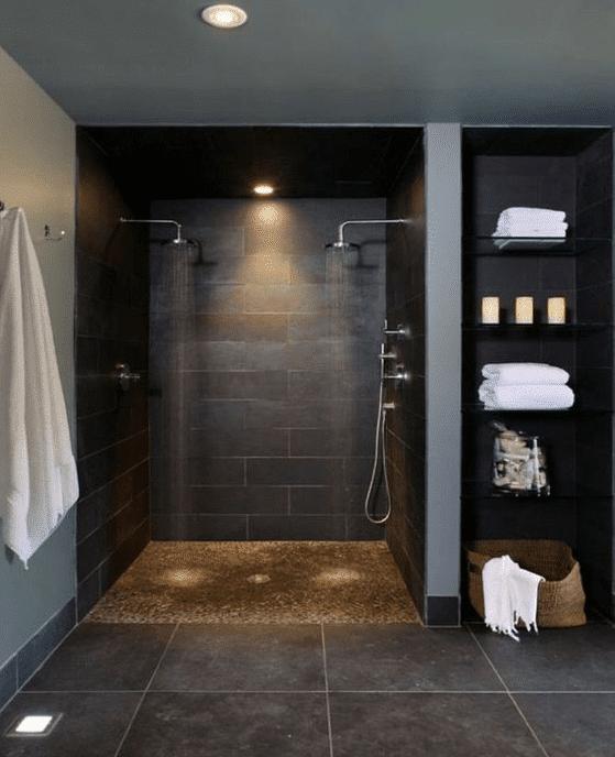 double douche à l'italienne aspect béton noir